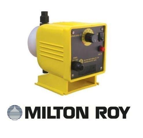 Bơm định lượng hóa chất Milton Roy UC-12